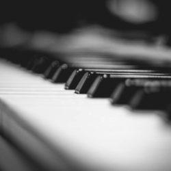 ピアノを人前で弾くのが怖いあがり症またはピアノ恐怖症のあなたへ